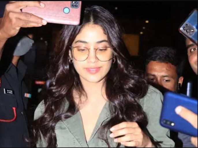 Actress Janhavi plays cool & handles situation calmly when her manager shown anger towards fan | हाइटच झाली, सेलिब्रेटींपेक्षा मॅनेजरच स्वतःला समजतात सेलिब्रेटी, जान्हवी कपूरचा 'तो' व्हिडिओ व्हायरल
