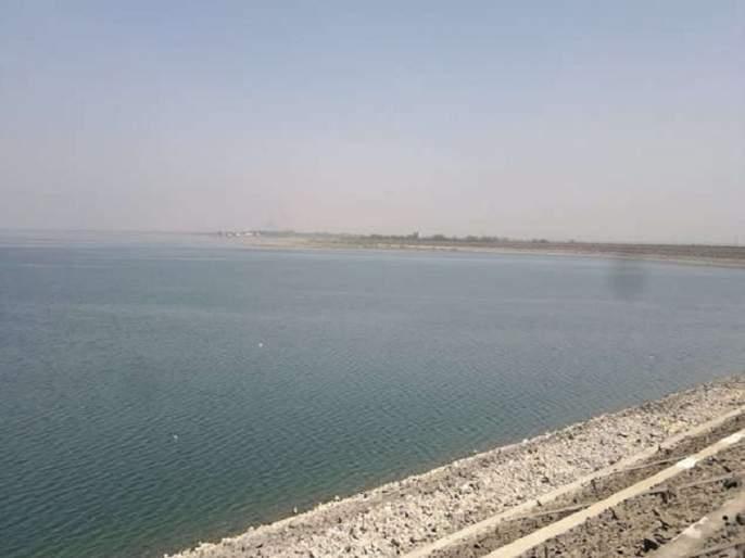 Rajesh Tope meets water resources minister Mahajan   राजेश टोपेंचे जलसंपदा मंत्री महाजनांना साकडे