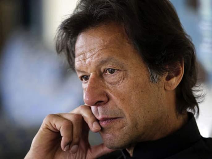 After China Back Pakistan wants Peace on LOC; talks on hotline with India | LOC: चीनच्या जिवावर उडणारा पाकिस्तान भेदरला; भारताला हॉटलाईनवर शांततेचा प्रस्ताव