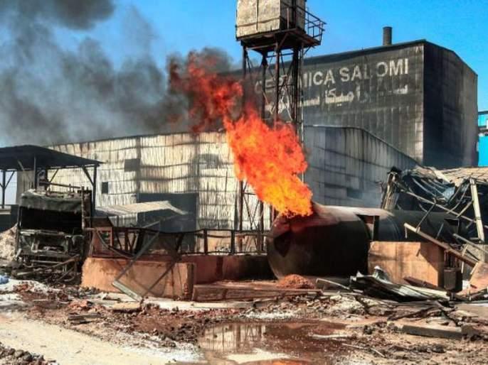 major blast in a ceramic factory Saloomi in Bahri area of the capital Khartoum in Sudan | Sudan's Factory Fire : सुदानमधील कंपनीत स्फोट; 18 भारतीयांचा मृत्यू