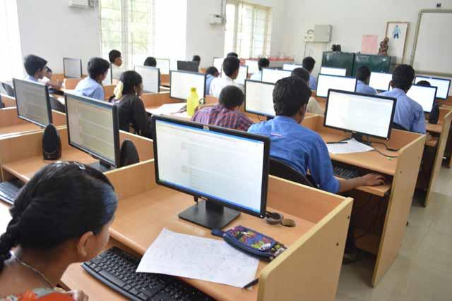 Online examination for promotions of clerks in Tribal | 'ट्रायबल'मध्ये लिपिकांना पदोन्नतीसाठी ऑनलाइन परीक्षा