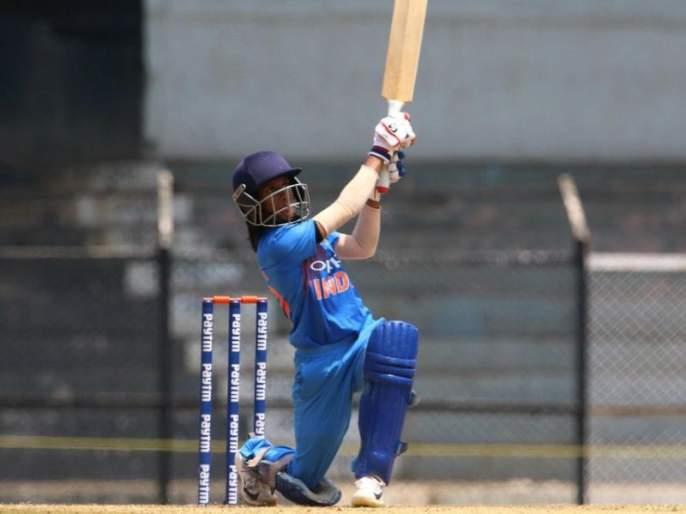 The Indian women's team took the winning lead   भारतीय महिला संघाने घेतली विजयी आघाडी