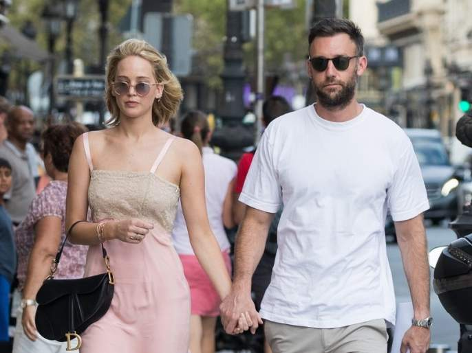Jennifer Lawrence engaged to Cooke Maroney   Congratulations! जेनिफर लॉरेन्सने गुपचूप उरकला साखरपुडा