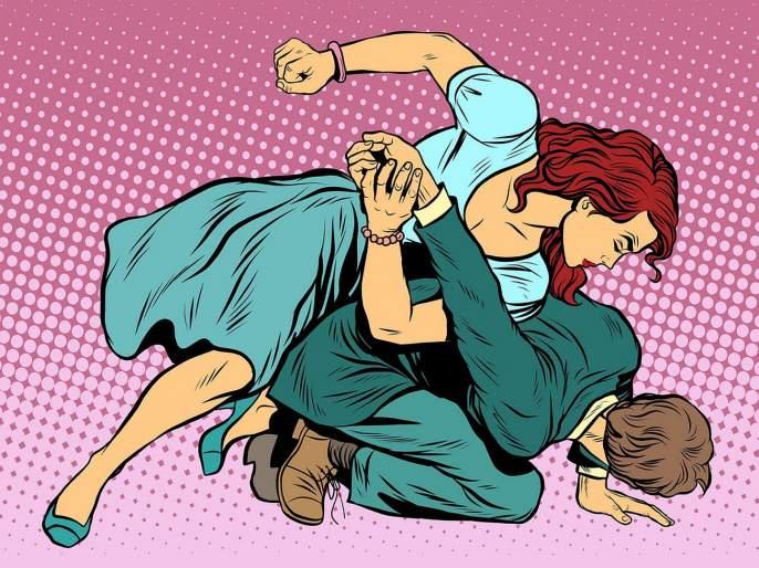 Judo Champion woman player hit a single kick; Husband's leg broken | ज्युडो चॅम्पियन महिलेने एकच किक मारली; पतीचे हाडच मोडले