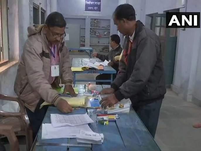 Voting for 20 Assembly seats begins in jharkhand, the fate of veterans will be closed in EVMs | विधानसभेच्या 20 जागांसाठी मतदान सुरू, दिग्गजांचे भवितव्य EVM मध्ये बंद होणार