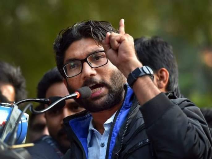 lok sabha election 2019 Vote for someone who sends your kids to Oxford not Ayodhya says jignesh Mevani | तुमच्या मुलांना अयोध्येला नव्हे, तर ऑक्सफर्डला पाठवणाऱ्यांना मतदान करा- मेवाणी