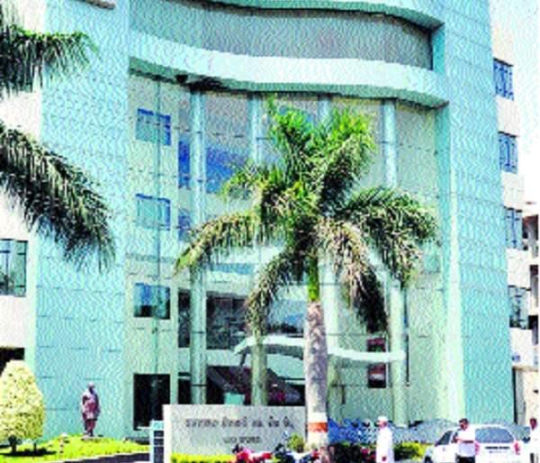 NPA interrupts Vasantdada Bank merger | वसंतदादा बँक विलीनीकरणास 'एनपीए'चा अडथळा