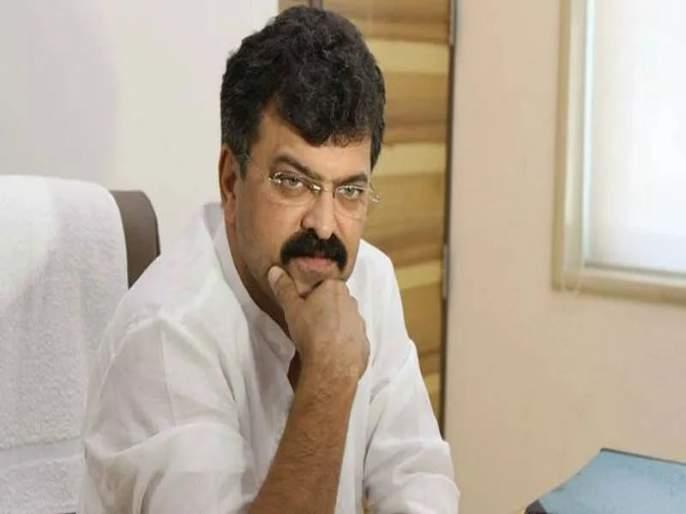 Jitendra Awhad said that people of Maharashtra will not read aaj ke shivaji narendra modi book | 'मोदींवरील वादग्रस्त पुस्तकाची महाराष्ट्रात विक्री झाली तर...'; जितेंद्र आव्हाड यांचा इशारा