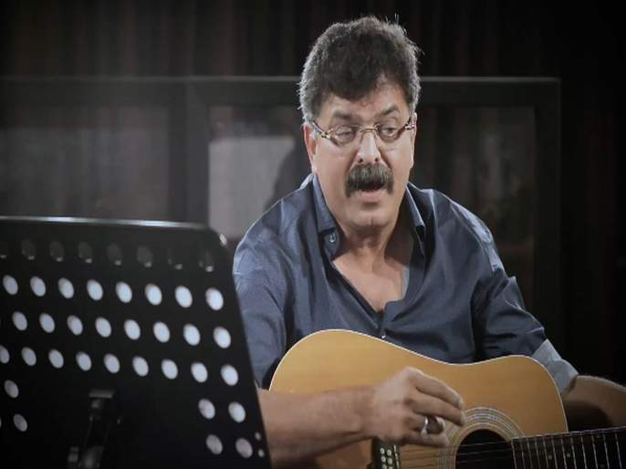 ncp leader jitendra awhad sung a song on narendra modi | Video - 'चुनाव का महिना, राफेल करे शोर...' आव्हाडांचं मोदींवर गाण्यातून टीकास्त्र