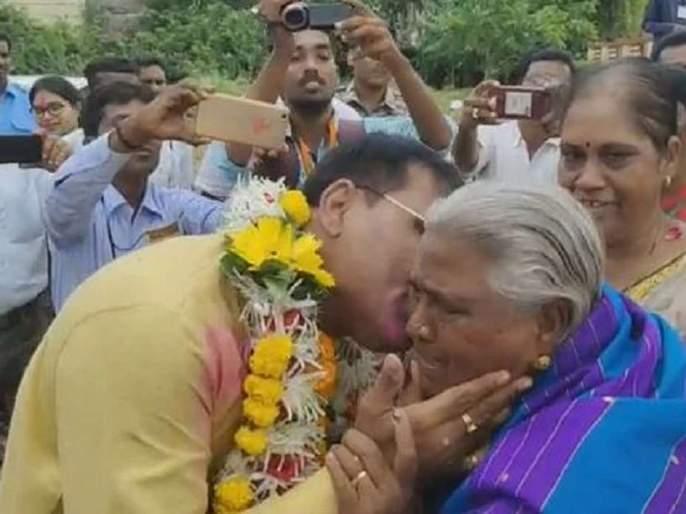 Maharashtra Election Results 2019: Inspirational! chandrapur vidhan sabha assembly election result kishor jorgewar   महाराष्ट्र निवडणूक निकाल 2019: प्रेरणादायी! मुलगा आमदार झाला तरीही आई बांबूच्या टोपल्याच विकत राहणार