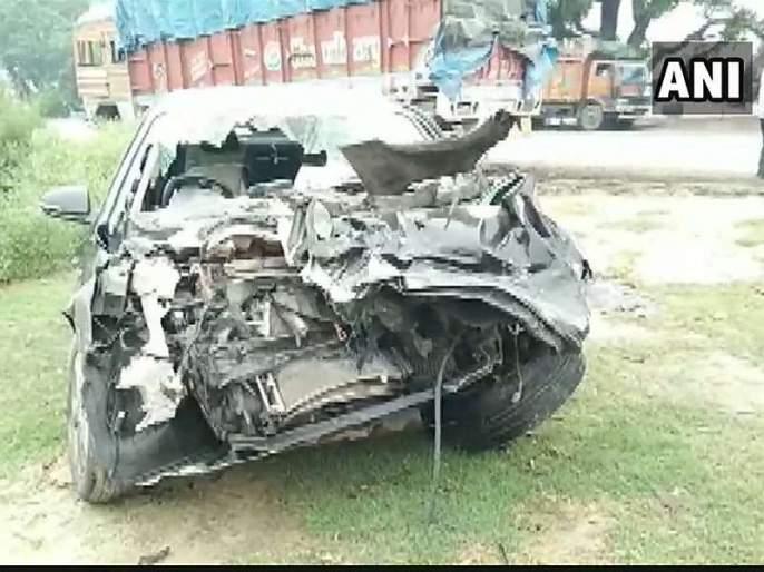 Accident, son of the minister of education, dies on friend's marriage of uttarakhand | मित्राच्या लग्नाला जाताना भीषण अपघात, शिक्षणमंत्र्यांच्या मुलाचा मृत्यू