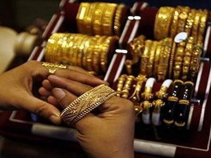 Gold fell by Rs 4,000 in a month; What is the market trend? | Gold Rate: महिनाभरात सोने ४००० रुपयांनी गडगडले; काय सांगतोय बाजाराचा ट्रेंड?