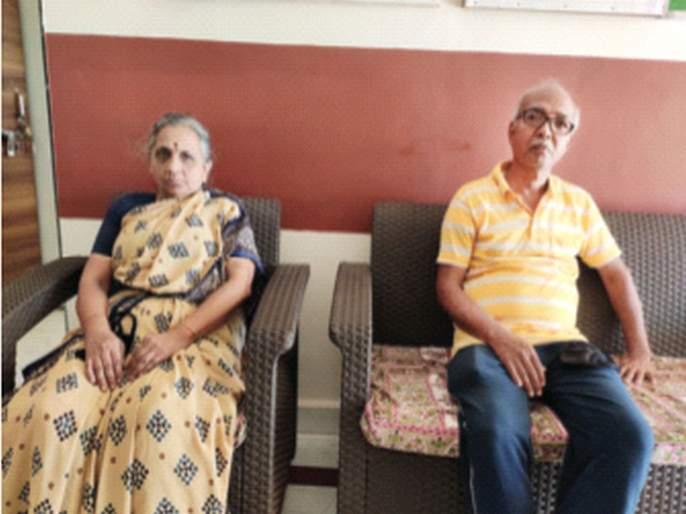 Along with the meeting, help also came; Grandparents alone | भेटीगाठीसोबतच मदतही आटली; आजी-आजोबा एकाकी