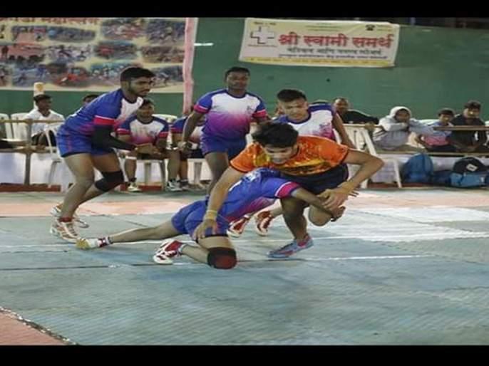 District Level Kabaddi Tournament: Durgamata Sports Club and Siddhaprabh Foundation are in the final round | जिल्हास्तरीय कबड्डी स्पर्धा :दुर्गामाता स्पोर्ट्स क्लब आणि सिद्धप्रभा फौंडेशन अंतिम फेरीत