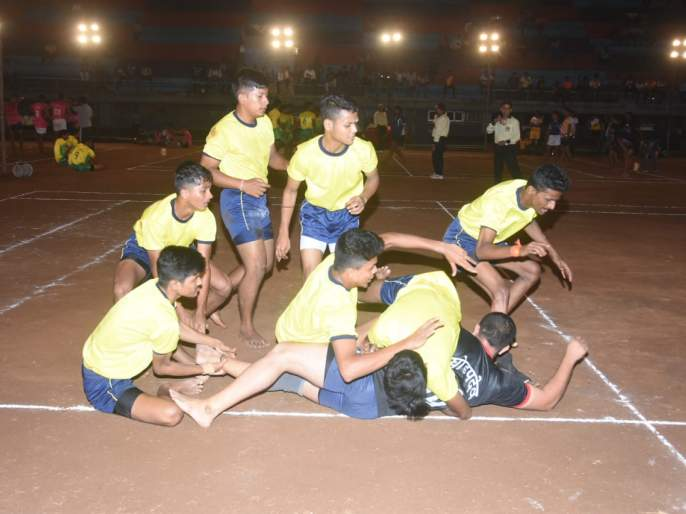 Kabaddi Tournament: Lalbagh Sports club, Navnath Mandal in the fourth round | कबड्डी स्पर्धा :लालबाग स्पोर्ट्स, नवनाथ मंडळचौथ्या फेरीत