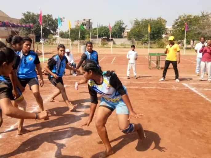 South Asian Games: Indian women win in kabaddi opening match | दक्षिण आशियाई क्रीडा स्पर्धा :कबड्डीत भारतीय महिलांची विजयी सलामी