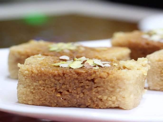 Ganesh utsav Special Receipe 2019 : How to make kalakand at home | Ganesh Utsav Special Recipe: गणरायाच्या नैवेद्यासाठी घरीच तयार करा कलाकंद!