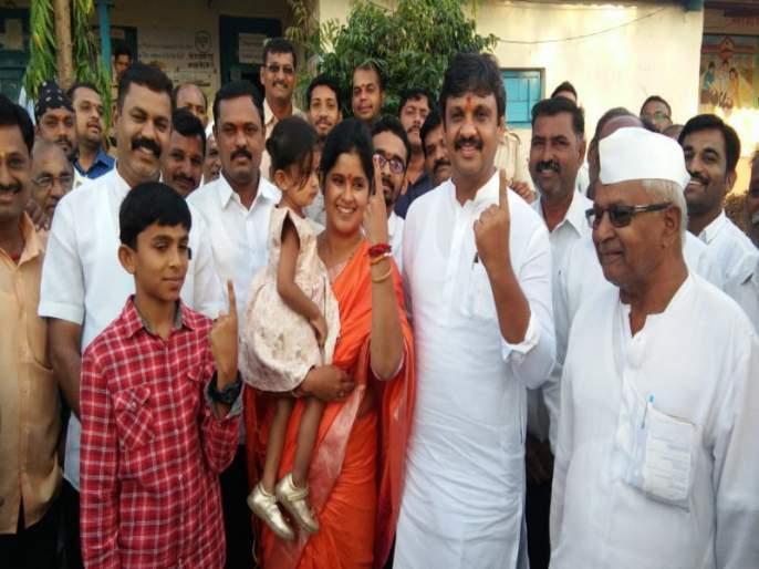 Baramati Lok Sabha Election: Kanchan Kul has expressed his confidence of victory after voting | बारामती लोकसभा निवडणूक : मतदानानंतर कांचन कुल यांनी व्यक्त केला विजयाचा विश्वास