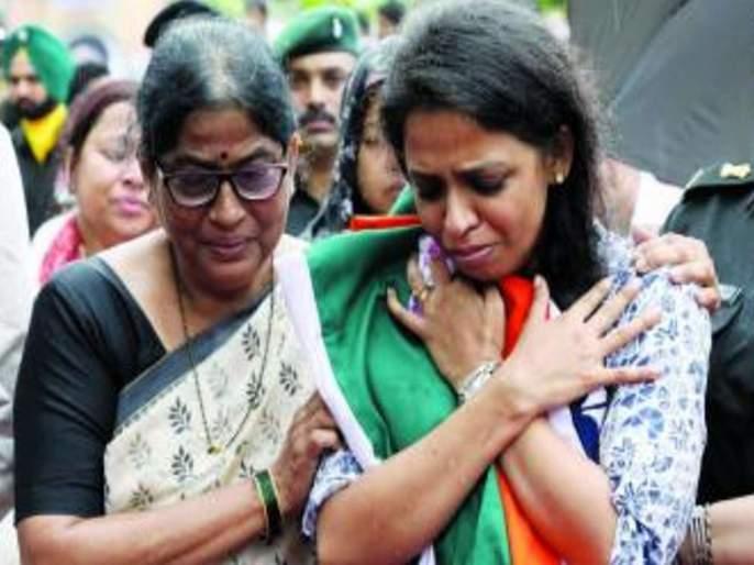 Fulfilled dreams of martyred husband, Kanika Rane ready for military training | लष्करी प्रशिक्षणासाठी कनिका राणे सज्ज, निवांत आयुष्य सोडून देशासाठी पत्करला खडतर मार्ग