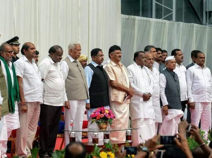 karnataka cabinet angry congress mla likely to join bjp | कर्नाटकमधील असंतुष्ट काँग्रेस आमदार भाजपाच्या संपर्कात; मंत्रिपदं न मिळाल्यानं नाराज