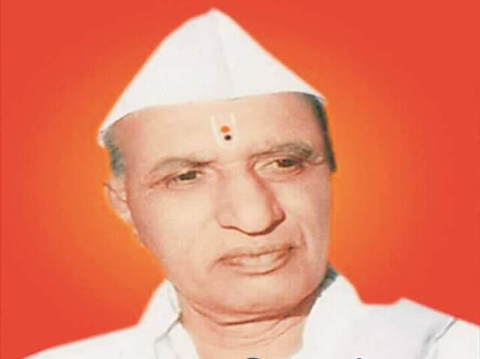 Pawar is the chief minister to Pawar | पवारांना मुख्यमंत्री करणारे पवार
