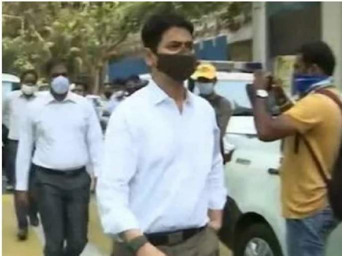 Riyazuddin Kazi aide of Sachin Vaze arrested by National Investigation Agency relation with Ambani bomb Scare | Sachin Vaze : सचिन वाझेंचा सहकारी रियाजुद्दीन काझी यांना NIA केली अटक