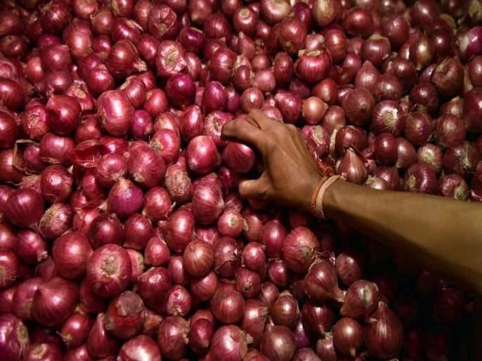 The foreigner will not sell the onion; Hint of Maratha Revolution Front | परदेशी कांदा विकू देणार नाही; मराठा क्रांती मोर्चाचा इशारा