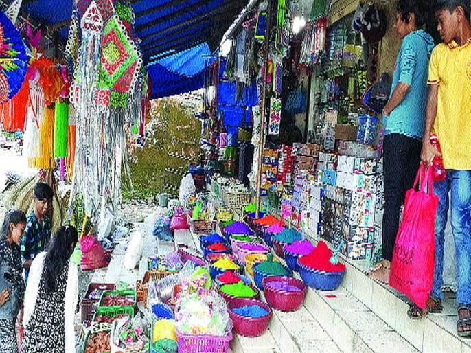 Market decorates for Diwali in roha | दिवाळीसाठी रोह्यातील बाजारपेठ सजल्या