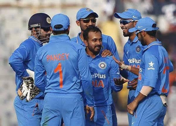 Maharashtra's batsman enter in Indian ODI team | महाराष्ट्राच्या खेळाडूची भारतीय संघात दणक्यात एंट्री
