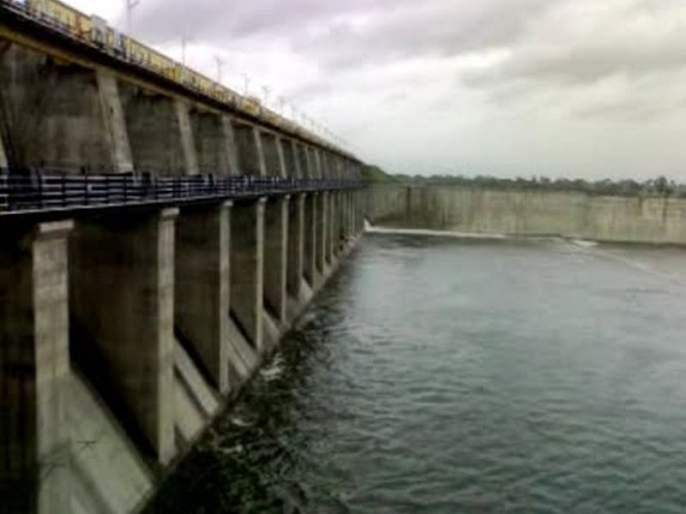 Large and medium scale project of Buldana district overflow | बुलडाणा जिल्ह्यातील मोठे व मध्यम प्रकल्पात १०० टक्के जलसाठा
