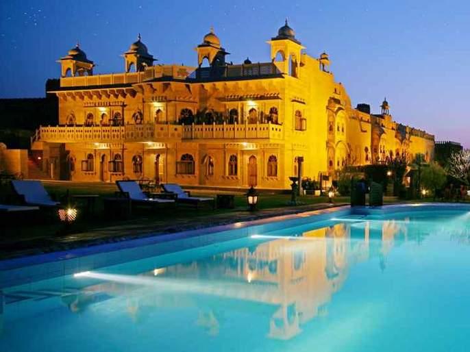 Visit 500 years old historical Khimsar fort Jodhpur October | गुलाबी थंडीत 'या' ५०० वर्ष जुन्या किल्ल्याला द्या भेट, येथील कलाकृतींच्या पडाल प्रेमात!