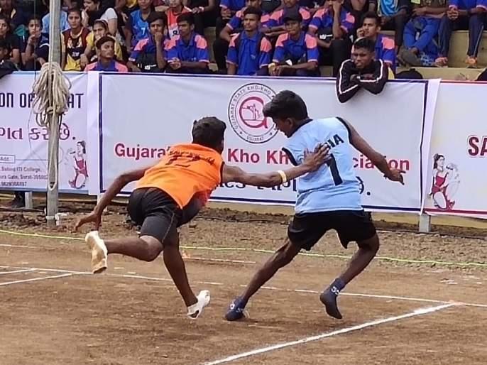 Kho-Kho Competition: The winning streak of both teams of Maharashtra | खो-खो स्पर्धा :महाराष्ट्राच्या दोन्ही संघांची विजयी घोडदौड