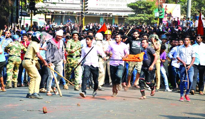 Dhumashchari at CPR Chowk | सीपीआर चौकात धुमश्चक्री