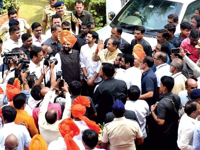 Success in Kolhapur Pattern Thane; Mayor, Deputy Mayor NCP does not apply for candidacy | कोल्हापूर पॅटर्न ठाण्यात यशस्वी;महापौर, उपमहापौर निवडणुकीत राष्ट्रवादीकडून उमेदवारी अर्ज नाही