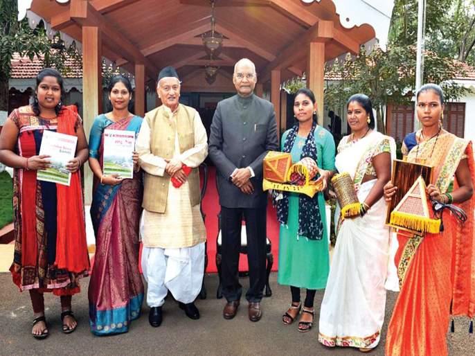 President appreciates tribal bamboo crafts | आदिवासींच्या बांबू हस्तकलेचे राष्ट्रपतींना कौतुक