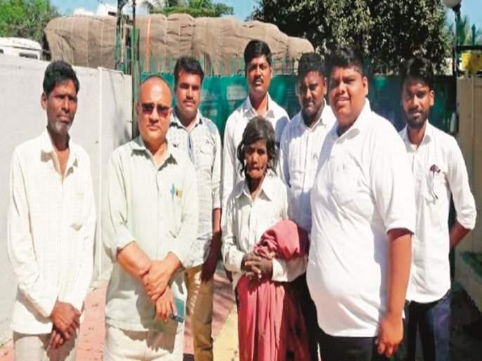 Sanjay, a psychologist who runs for orphans | मनोरुग्ण, अनाथांच्या मदतीला धावणारा संजय
