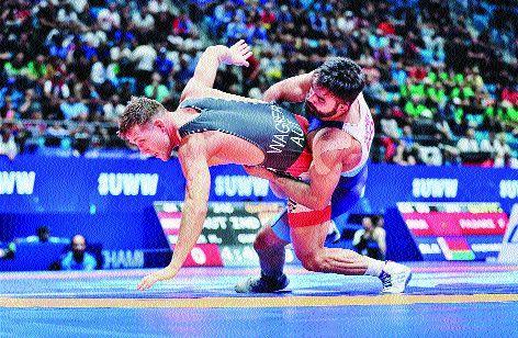 World Wrestling Championships: gurpreet lost the match | विश्व कुस्ती चॅम्पियनशिप : कडव्या लढतीत गुरप्रीत पराभूत