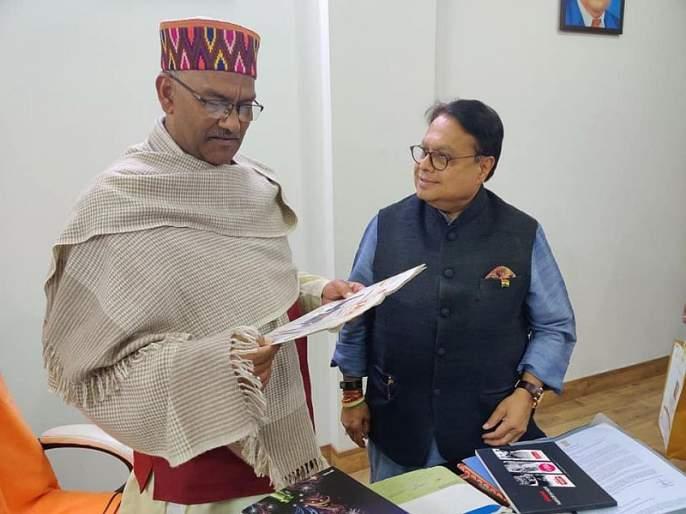 Uttarakhand's attempt to make a four-nation system world-class: Trivandra Singh Rawat   उत्तराखंडच्या चार धामांची व्यवस्था विश्वस्तरीय बनवण्याचे प्रयत्न:रावत