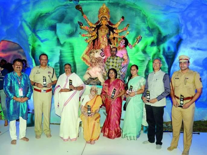 The beginning of Nagpur Durga Mahotsav: Establishment of Adashakti   नागपूर दुर्गा महोत्सवाचा प्रारंभ : आदिशक्तीची थाटात स्थापना