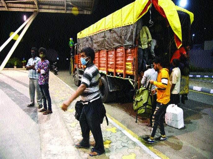 The migration of laborers fell on the diet; Navi Mumbai Municipal Corporation's load is reduced by 60% | मजुरांचे स्थलांतर पडले पथ्यावर; नवी मुंबई महापालिकेचा ६० टक्के भार कमी
