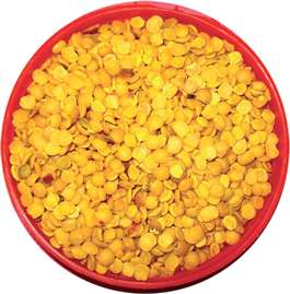 Buffer stock to be harvested by 5 lakh tonnes this year; Measures for rate control | सरकार यावर्षी २० लाख टन डाळींचा करणार बफर स्टॉक;दर नियंत्रणासाठी उपाय