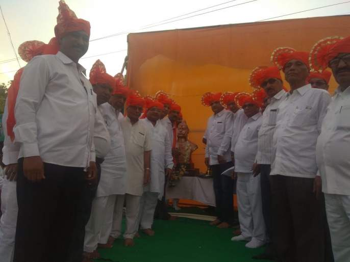 The procession of the image of Maharana Pratap in Chalisgao   चाळीसगावला महाराणा प्रतापांच्या प्रतिमेची मिरवणूक