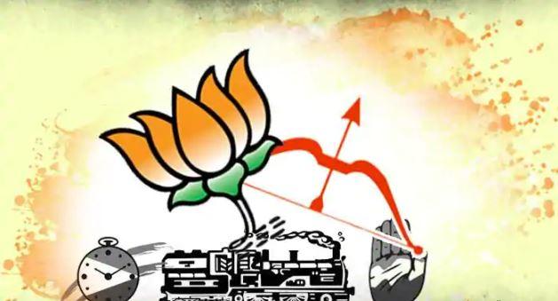Maharashtra Elections 2019: Mumbai, Konkan in front; Will the Western Maharashtra save the Congress-NCP?   महाराष्ट्र निवडणूक २०१९: मुंबई, कोकणात आघाडीला फटका; तर पश्चिम महाराष्ट्र काँग्रेस-राष्ट्रवादीला तारणार?