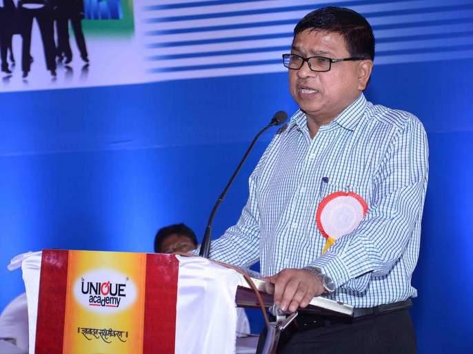 Vinasutti all year, Malinath Kalshetti! | वर्षभर विनासुट्टी, मल्लिनाथ कलशेट्टी; कोल्हापूरला प्लास्टिकमुक्त करण्याचा आयुक्तांचा निर्धार