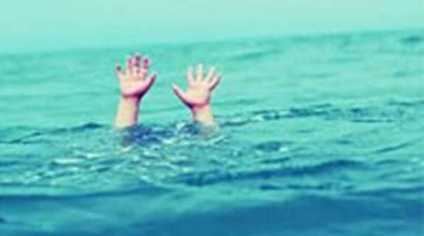 The courage of the Sarpanch of Manchur; Four persons drowned in the river Bhima | माचणूरच्या सरपंचाचे धाडस; भीमा नदी पात्रात बुडणाºया चौघांना मृत्यूच्या दाढेतून काढले बाहेर !