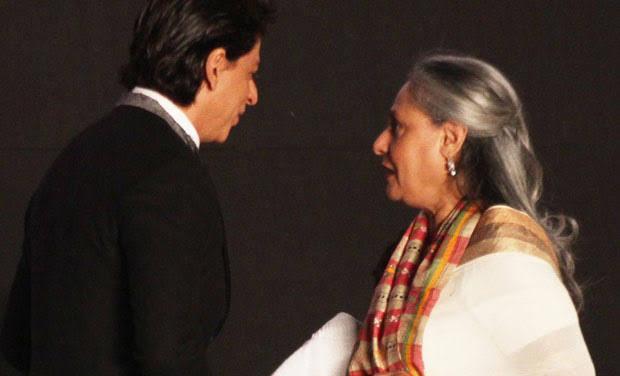 Shah Rukh Khan Birthday When Jaya Bachchan Wanted To Slap Him For Comment On Aishwarya | ऐश्वर्यामुळे जया बच्चन मारणार होत्या शाहरूख खानच्या कानशीलात, जाणून घ्या यामागचं कारण