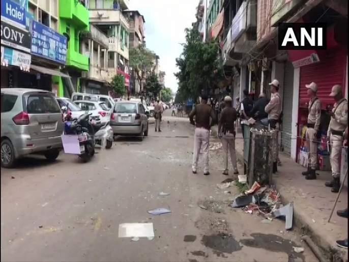 4 policemen and 1 civilian injured in an ied blast in imphal manipur | Video : इंफाळमध्ये आयईडी स्फोट; 4 पोलीस आणि एक नागरिक जखमी