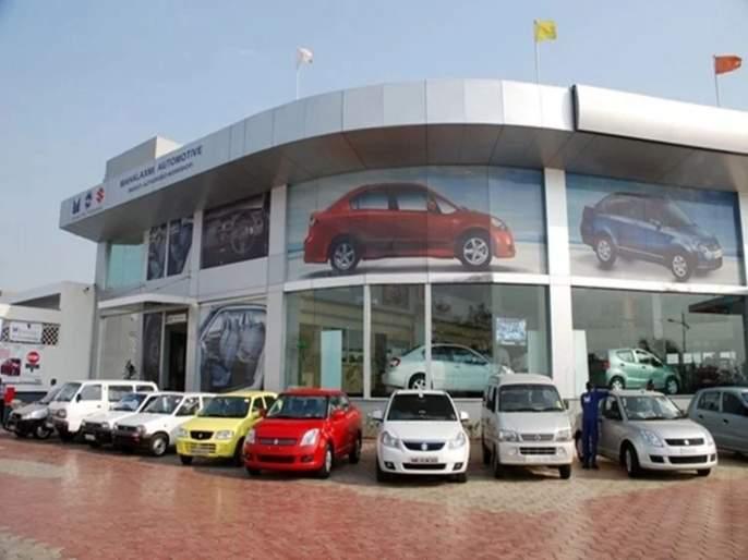 For the eighth month in a row, Maruti reduced car production by 5 percent   सलग आठव्या महिन्यात मारुतीने १८ टक्क्यांनी कमी केले कारचे उत्पादन