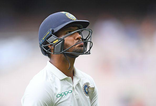 NZ vs IND: Mayank Agarwal gets life; But then he out for 34 runs | NZ vs IND : मयांक अगरवालला मिळाले होते जीवदान; पण त्यानंतरच झाला घात