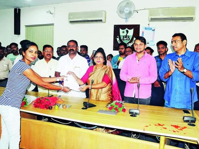 Do the work that is famous for the city: Mayor Nanda Jichkar | शहराचा नावलौकिक होईल असे कार्य करा : महापौर नंदा जिचकार